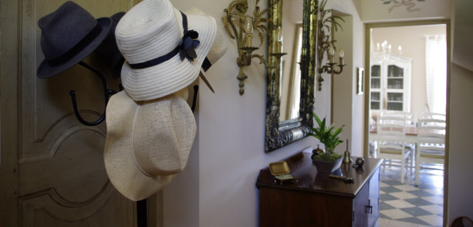 Bastide Tara  Chambres DHtes En Provence Avec Piscine Entre Aix